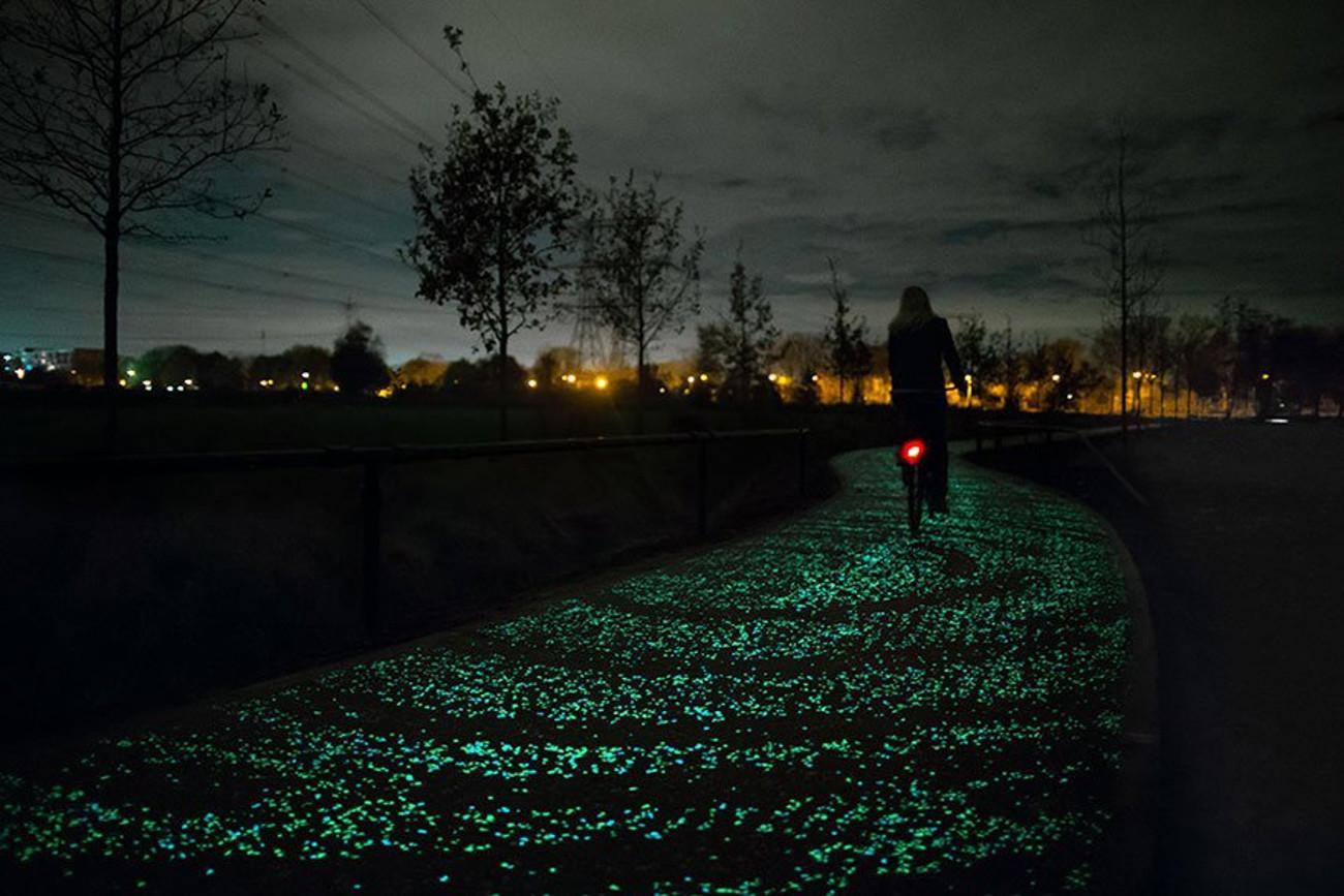 piste cyclable phosphorescente pays-bas