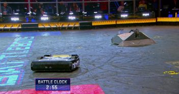 Battlebots finale Blacksmith vs Minotaur